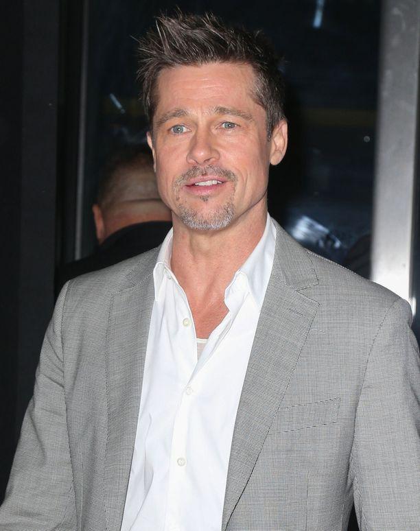 Brad Pitt on ollut syksystä lähtien juomatta. Tämä tuore kuva on kesäkuussa otettu.