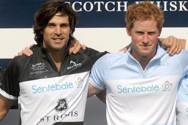 Nacho Figueras ja prinssi Harry ovat useasti pelanneet pooloa yhdessä.