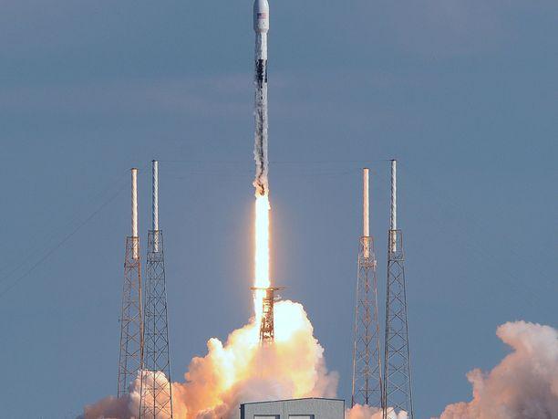 Toukokuulle suunniteltu avaruuslento on SpaceX:n ensimmäinen miehitetty lento.