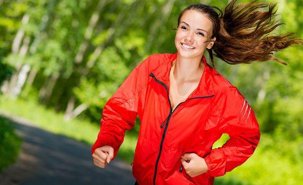 Jos haluat itsellesi hyvää, kohtele kehoasi kuin kalleinta aarretta. Ravitse sitä puhtailla raaka-aineilla ja anna liikuntaa ja lepoa sopivassa suhteessa.