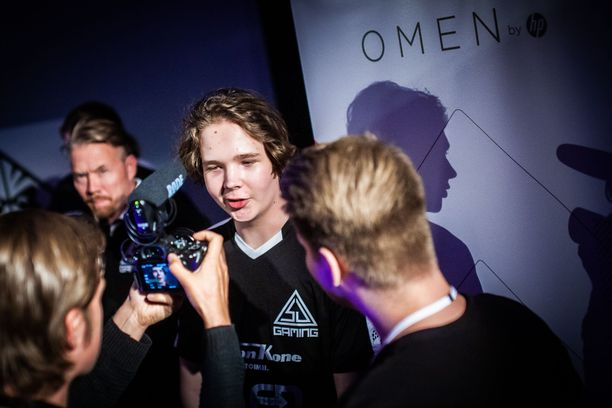 """Elias """"Jamppi"""" Olkkonen käy oikeustaistoa Valvea vastaan."""