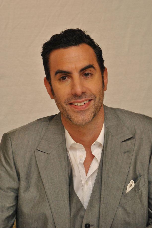 Sacha Baron Cohen tunnetaan muun muassa Borat-menestyselokuvasta.