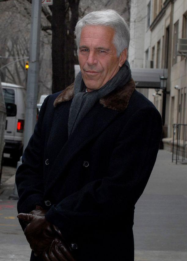 Jeffrey Epstein kuvattuna vuonna 2011.