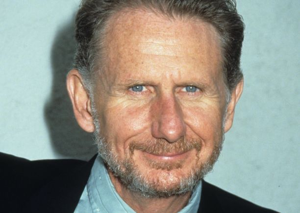 René Auberjonois teki pitkän uran. Hän kuoli keuhkosyöpään kotonaan Los Angelesissa 79-vuotiaana.