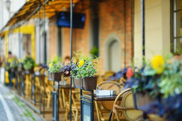 Vilnan vanhastakaupungista löytyy useita tunnelmallisia ravintoloita.