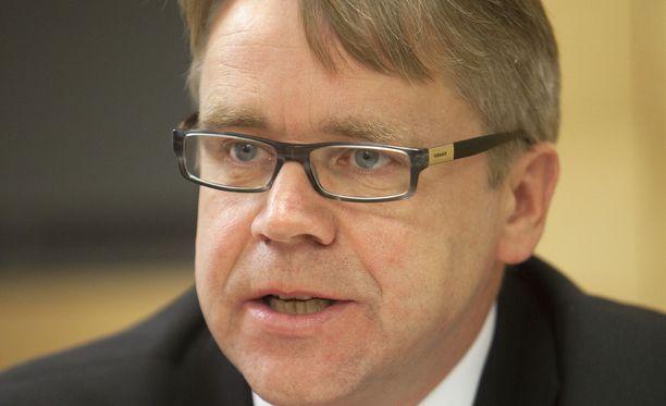 Kansanedustaja Peter Östmanin (kd) kotikunta Luoto taistelee nyt tuhkarokkoa vastaan.