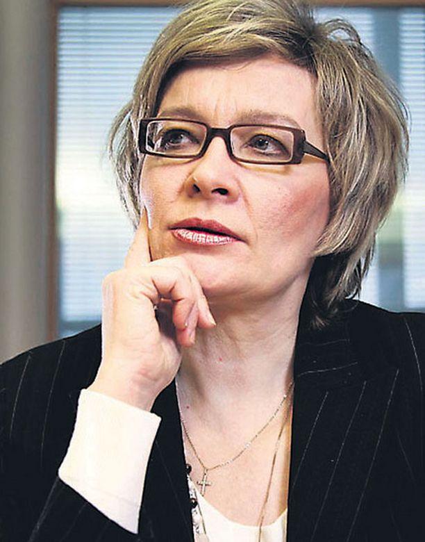 Paula Risikon johtama sosiaali- ja terveysministeriö on päättänyt rokottaa kaikki suomalaiset sikainfluenssaa vastaan.
