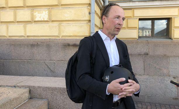 Jussi Halla-ahon mukaan perussuomalaiset arvostaa naisten ja lasten oikeuksia.