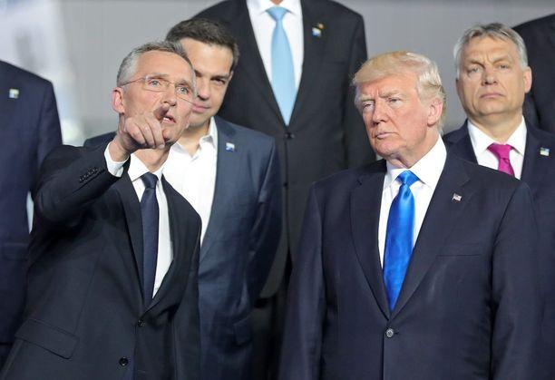 Naton pääsihteeri Jens Stoltenberg ja Yhdysvaltojen presidentti Donald Trump tapasivat Nato-kokouksessa Brysselissä torstaina.