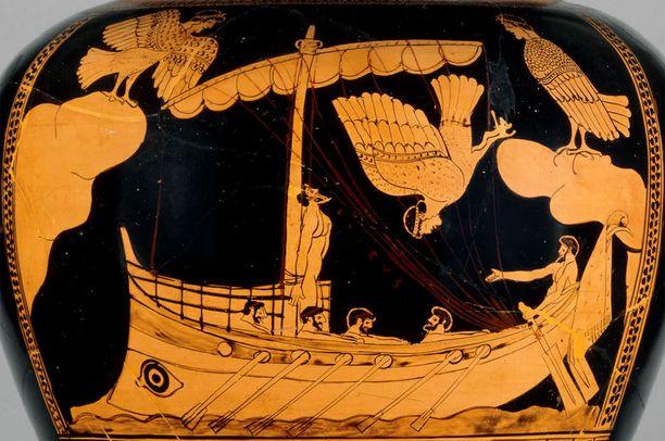 Löydetty laiva on malliltaan samanlainen kuin tähän ruukkuun on kuvattu. Siinä seireenit houkuttelevat mastoon sidottua Odysseusta. Ruukku on arviolta vuodelta 480 eaa.