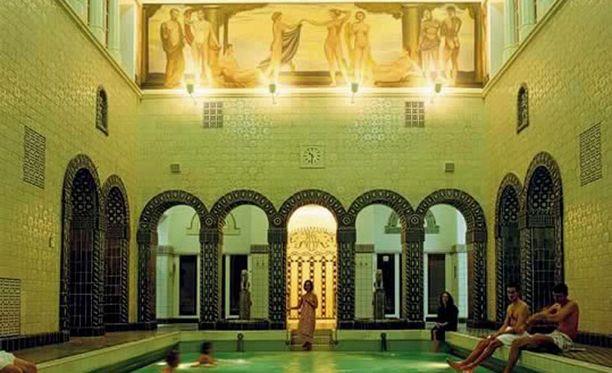 Kaiser Friedrich Therme on kaunis julkinen kylpyläkohde.