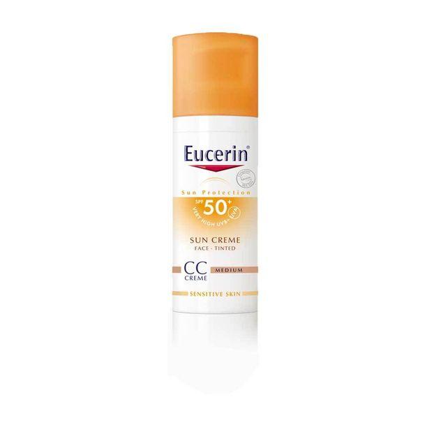 Eucerinin sävytetty aurinkovoide Sun Creme Tinted CC SPF 50+ suojaa ihoa ja tasoittaa samalla ihon sävyä, 16,50 e