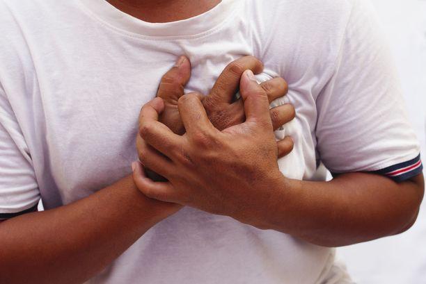 Krooninen matala-asteinen tulehdus lisää muun muassa sydän- ja verisuonitautien riskiä.