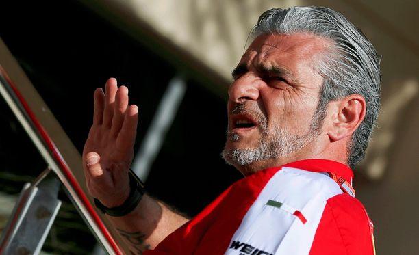 Maurizio Arrivabene kommentoi Ferrarin sisäisiä kuohuja.