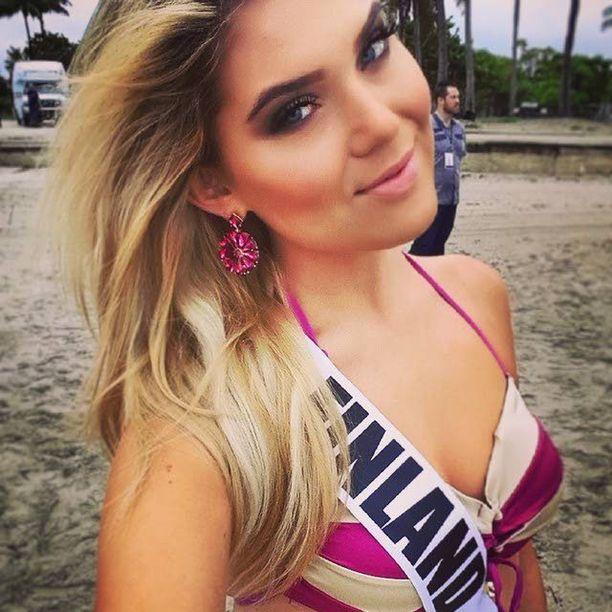 Bea Toivonen on päivittänyt ahkerasti Instagramiaan Miss Universum-kisoista.