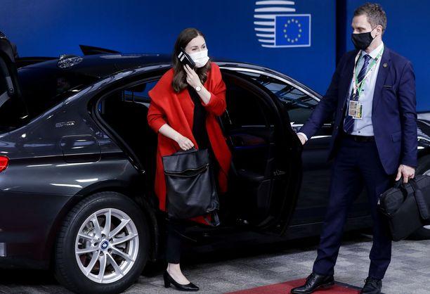 Sanna Marin jätti Eurooppa-neuvoston kokouksen kesken, kun kuuli mahdollisesta altistumisestaan.