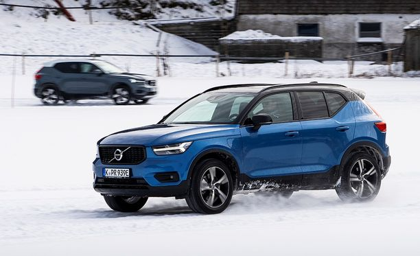 Suomeen toimitetaan melkoinen määrä Volvo uusi XC40 -täyssähköautoa vielä tämän vuoden aikana.