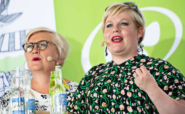 Anu Vehviläisen ja Annika Saarikon johdolla päädyttiin tilaamaan viime kaudella konsultointi sote-uudistuksen maineriskeistä.