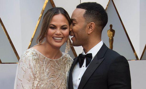 Chrissy Teigen ja John Legend avioituivat vuonna 2013.