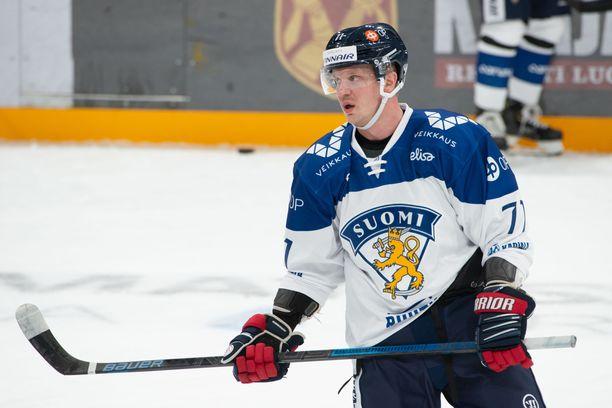 Juuso Puustinen pelasi Karjala-turnauksessa.