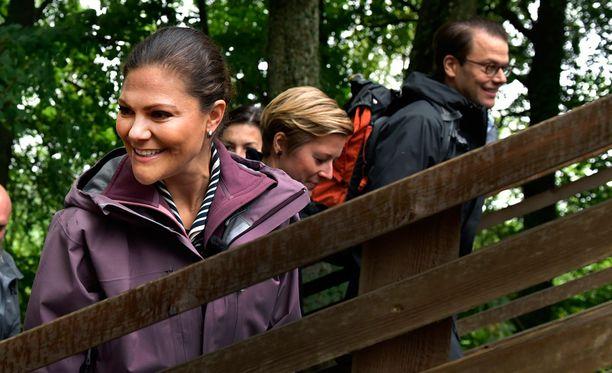 Victoria oli edustustehtävissä metsäretkellä syyskuun alkupuolella.