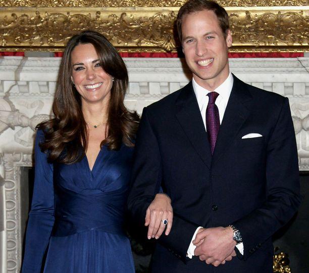Kate Middletonin ja prinssi Williamin kihlaus on jo nostanut häähuuman Britanniassa.