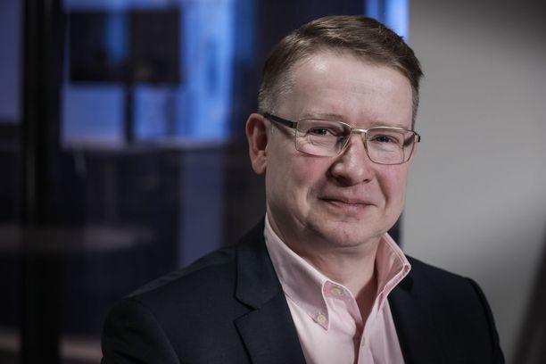 Kiinteistönvälitysketju Sp-Kodit Oy:n toimitusjohtaja Jukka Rantanen pelkää, että taloyhtiölainoissa tikittävä aikapommi räjähtää vielä käsiin.