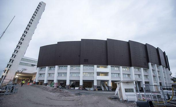 Olympiastadionin remontin hintalappu on 261 miljoonaa euroa.