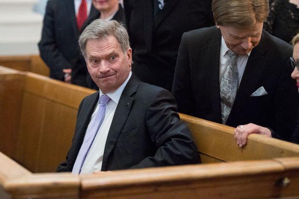 """Tasavallan presidentti Sauli Niinistö sanoi valtiopäivien avajaisissa tiistaina, että """"jos puheet kääntyvät muotoon nyt kun on varaa lisätä menoja, niin velkaantuminen jää jälleen hoitamatta""""."""