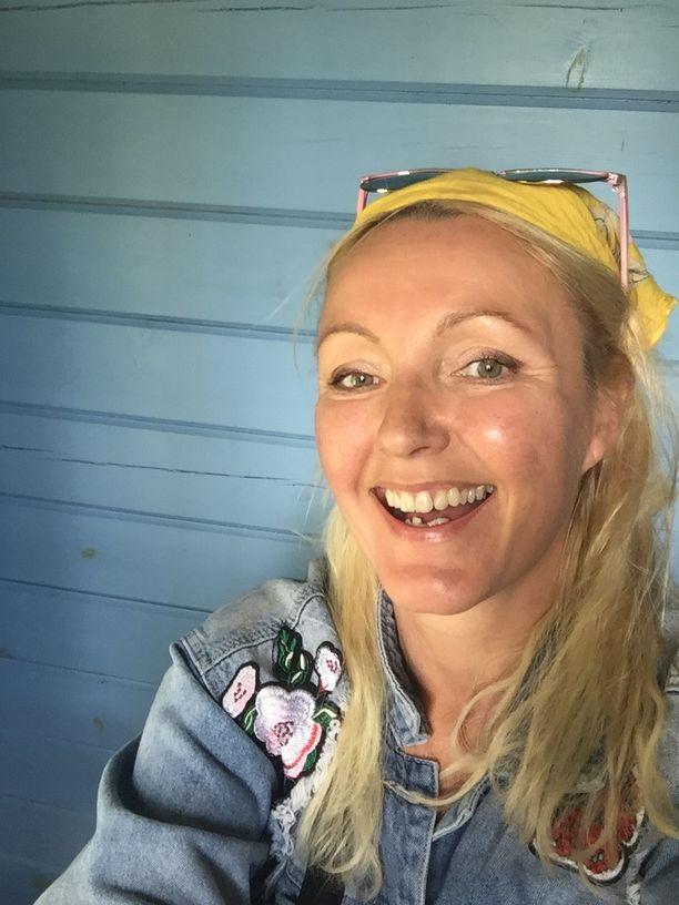Mari Perankosken työ edellyttää luovuutta, muistamista ja intuitioon nojaamista, mikä ei luonnistu huonoilla yöunilla ja heikolla palautumisella.