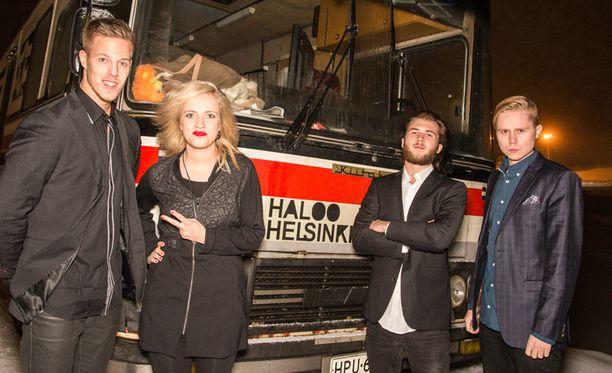 Haloo Helsinki! on antanut keikkabussinsa nimeksi Samuli.