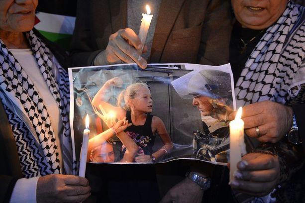 Palestiinalaiset ovat antaneet tukensa Ahed Tamimille, jonka puolesta on järjestetty mielenilmauksia.