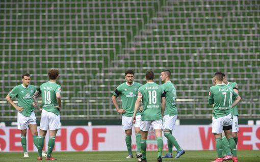 """Werder Bremenin ja Frankfurtin ottelu on maalimäärällisesti äärimmäisen mielenkiintoinen - vieläkö Bremenin """"nollalinja"""" pitää?"""
