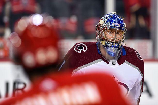 Semjon Varlamov lähti Coloradosta viime kauden jälkeen.