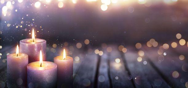 Jouluyö juhlayö -kappaleen taustalla on tarina vastasyntyneestä lapsesta.