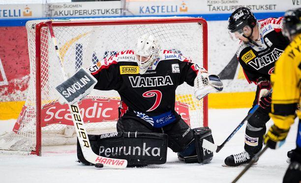 Jussi Olkinuora nollasi KalPan toistamiseen.