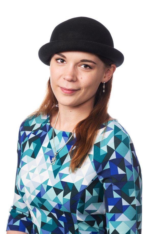 Tiina Ahva johtaa Siniset Nuoret nuorisojärjestöä.