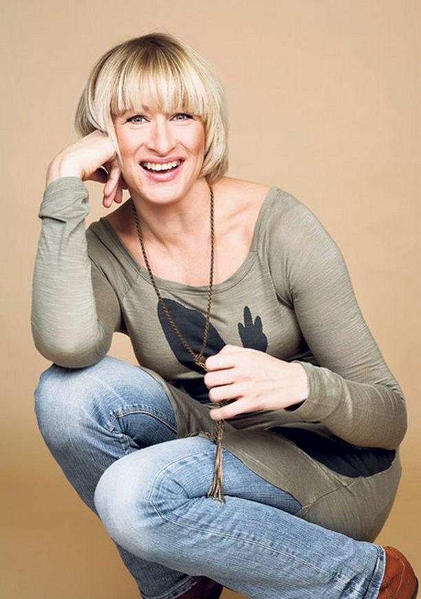 - Olen aina haaveillut tällaisesta rauhallisesta elämästä verkkareissa, Katja Ståhl kertoo.