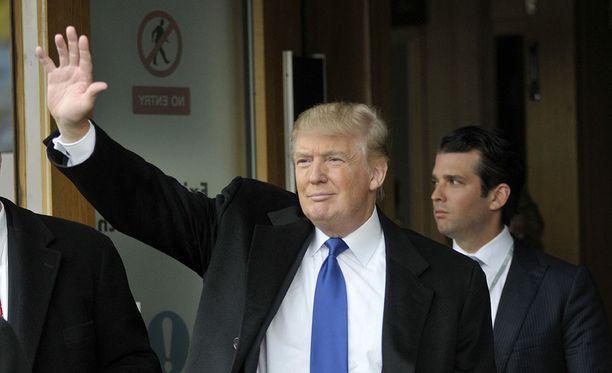 Valkoinen talo myöntää, että Donald Trump Sr. oli osallisena poikansa Donald Trump Jr:n julkaisemassa tiedotteessa.