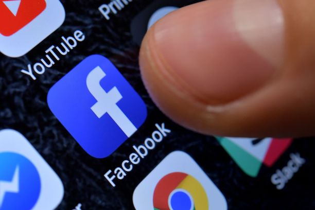 Joensuun poliisiaseman Ankkuriryhmän mukaan sosiaalisessa mediassa on kirjoitettu halventavaan sävyyn kuolleesta nuoresta. Kuvituskuva.