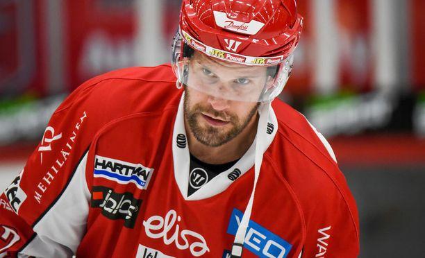 Markus Kankaanperä sai suihkukomennuksen Oulussa.