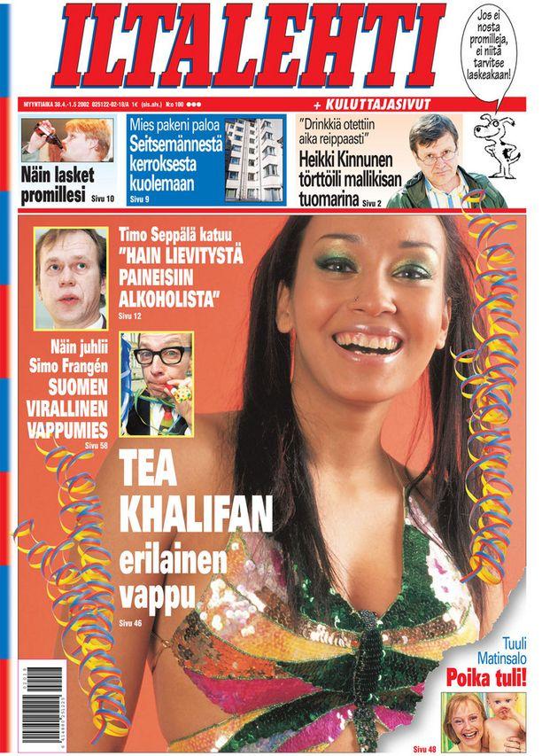 Vuosi 2002, kannessa Tea Khalifa.