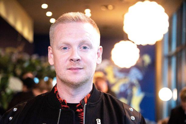 Redrama on myös The Voice of Finland -tuomari.