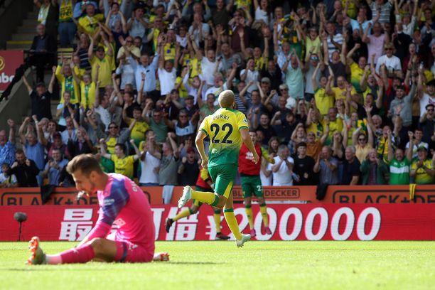 Teemu Pukki teki Norwichin edellisessä ottelussa Newcastlea vastaan hattutempun.