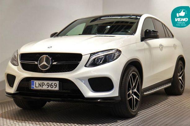 Mercedes GLE on entisen M-sarjan jälkeläinen - iso E-sarjan kokoinen katumaasturi.