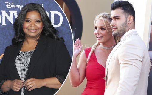 Oscar-voittaja heitti vitsin Britney Spearsin kihlautumisesta – somekohu sai pyytämään anteeksi