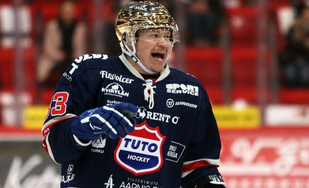 Petteri Nummelinin upea ura jatkunee vielä ensi talvena.