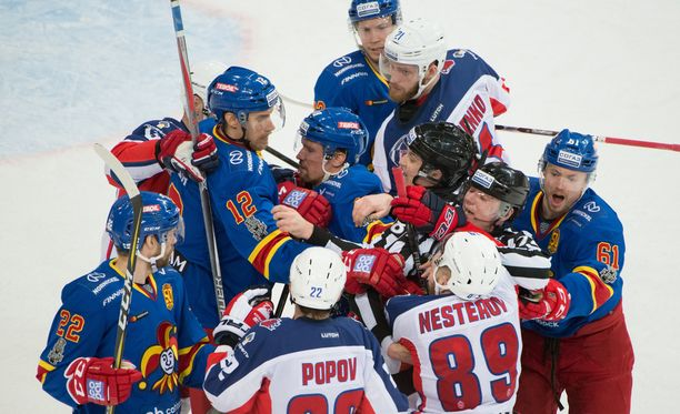 Jokerit voitti Moskovan ZSKA:n eilen kiivaiden vaiheiden jälkeen jatkoajalla 2-1.