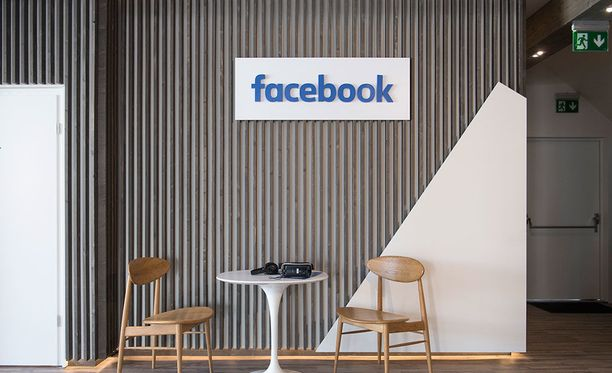 Facebook tavoittelee yhä suurempaa roolia ihmisten elämässä.
