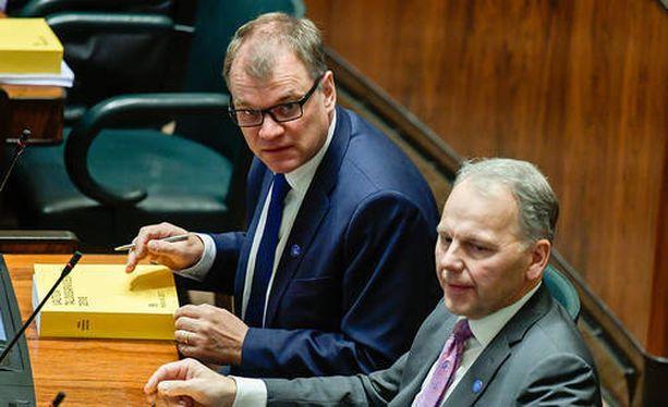 Pääministeri Juha Sipilä olisi kaivannut oppositiolta konkreettisempaa kritiikkiä.